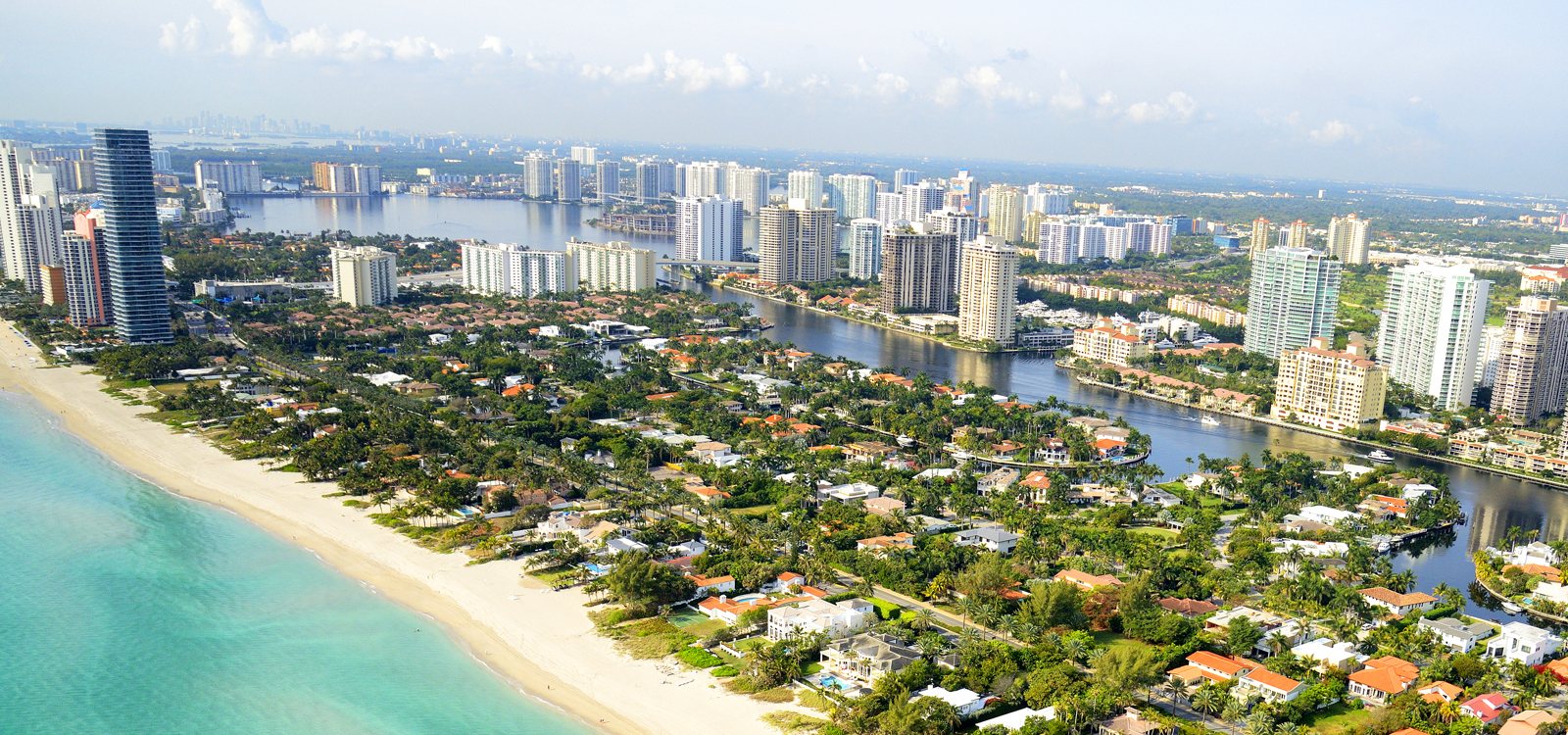 A SHORT DRIVE TO DOWNTOWN MIAMI