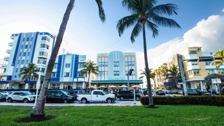 Majestic Hotel - South Beach Hotel